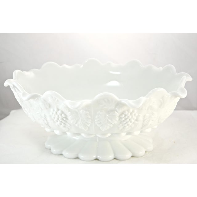 "Cottage Westmorland 11"" Oval Grape Centerpiece Bowl For Sale - Image 3 of 7"