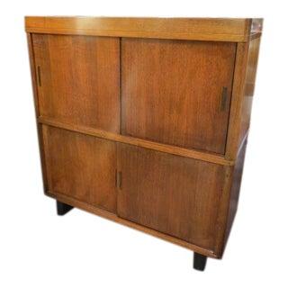 1960s Vintage Mid Century Modern Walnut Bookcase For Sale