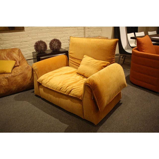 Contemporary Saba Italia Lounge Chair For Sale - Image 3 of 8