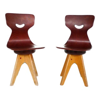 Pair of Modernist Bentwood Adam Stegner Children's Chairs Pagho For Sale