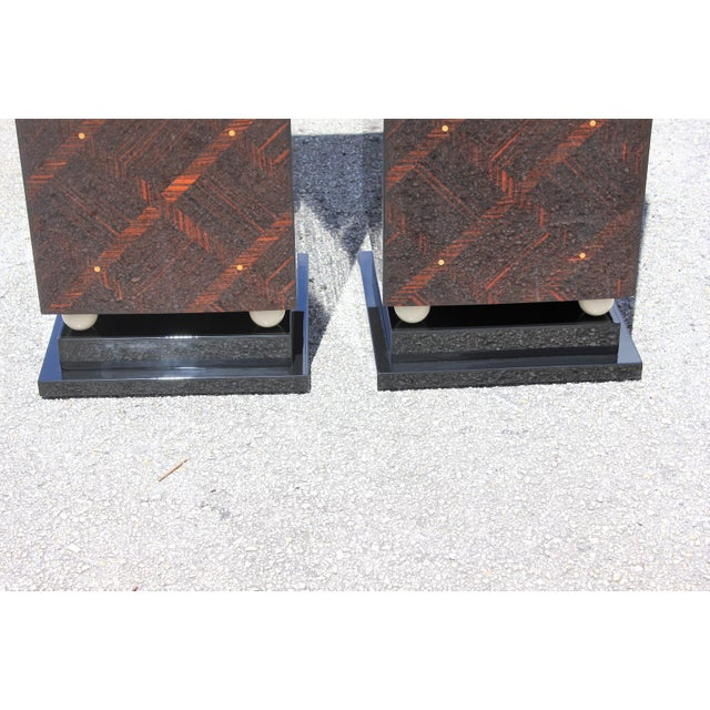 1940s French Art Deco Exotic Macassar Ebony Pedestals M-O-P Accents - a Pair For Sale - Image 4 of 13