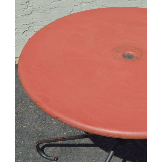 Art Deco Style Vintage Clamshell Set 4 Metal Lawn Chairs and Table Patio Set For Sale - Image 9 of 13