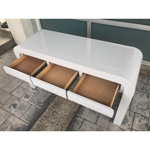 Karl Springer 1980s Contemporary Gray Laminate Waterfall Desk For Sale - Image 4 of 10