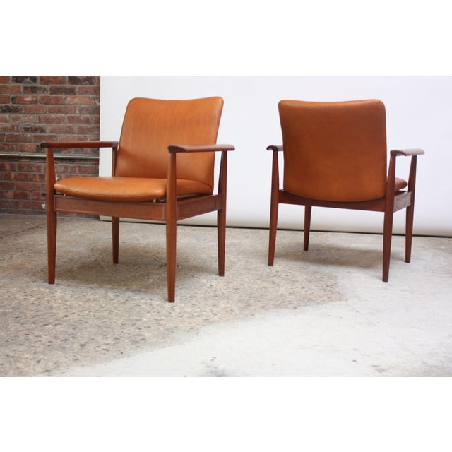 Pair of Finn Juhl Diplomat Armchairs for France & Son in Leather and Teak For Sale - Image 13 of 13
