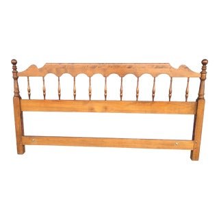 20th Century Traditional Ethan Allen King Size Spindle Headboard For Sale