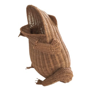Vintage Mid-Century Wicker Frog Planter For Sale