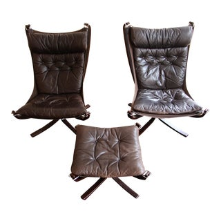 1970s Mid-Century Modern Sigurd Reseell Falcon Chairs and Ottoman - 3 Pieces For Sale