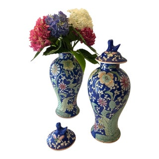 Pair of Vintage Royal Blue Chinoiserie Vases For Sale