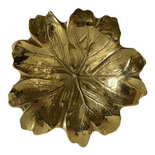 1950s Virginia Metalcrafters Mid-Century Brass Leaf Dish For Sale