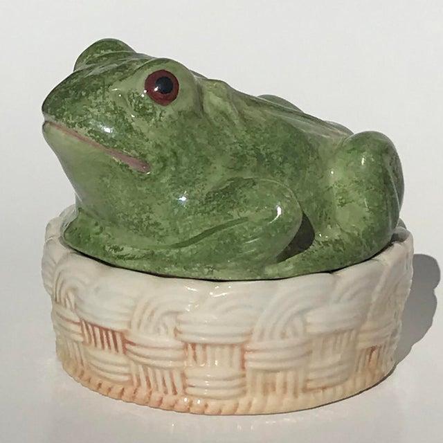 Vintage Mid-Century Italian Ceramic Majolica Frog Lidded Box For Sale - Image 12 of 12