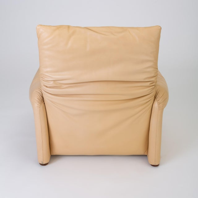 "Leather ""Maralunga"" Chair by Vico Magistretti for Cassina For Sale - Image 9 of 13"