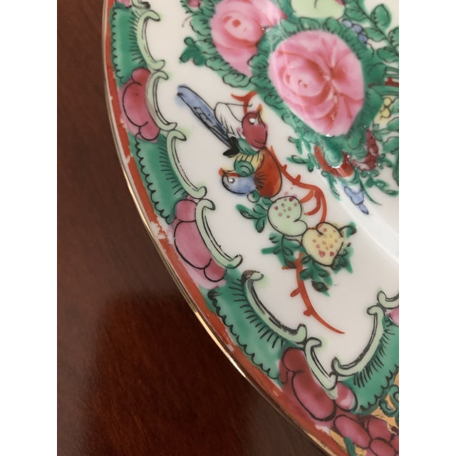 1970s Vintage Chinese Rose Medallion Famille Rose Hand Decorated Porcelain Plates - a Pair For Sale - Image 9 of 10
