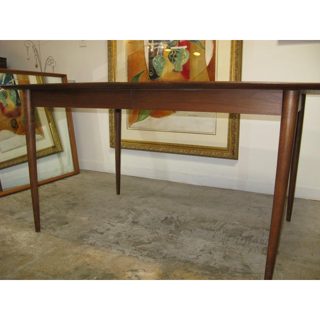 American of Martinsville Mid Century American of Martinsville Walnut Dining Table For Sale - Image 4 of 10