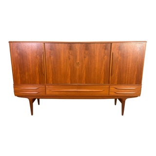 Vintage Danish Mid Century Modern Teak Credenza by Johannes Andersen for Uldum For Sale