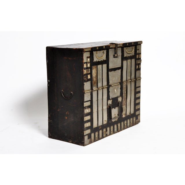 Late 19th Century Korean Wedding Chest For Sale - Image 4 of 13