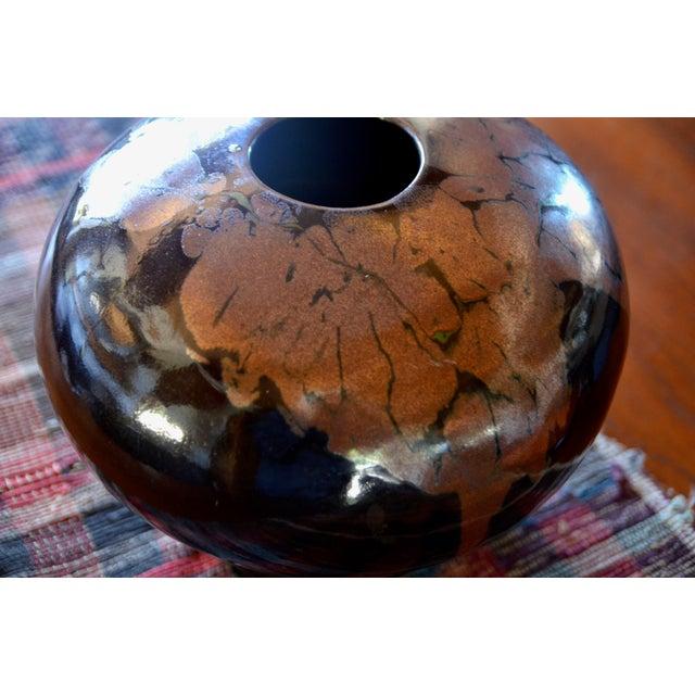 Black Mid Century Modern Ceramic Pot For Sale - Image 8 of 12