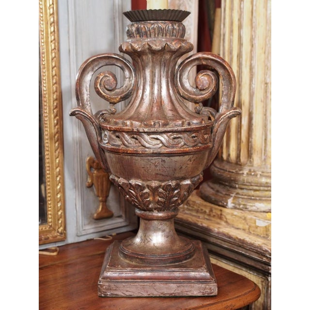 French Pair of Vintage Italian Silver Leaf Carved Wood Lamps For Sale - Image 3 of 7
