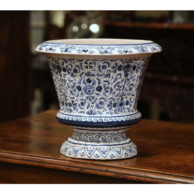 19th Century French Faience Painted Cache Pot For Sale In Dallas - Image 6 of 7
