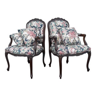 "Ethan Allen Country French Louis XV ""Duvall"" Chairs With Throw Pillows - a Pair For Sale"