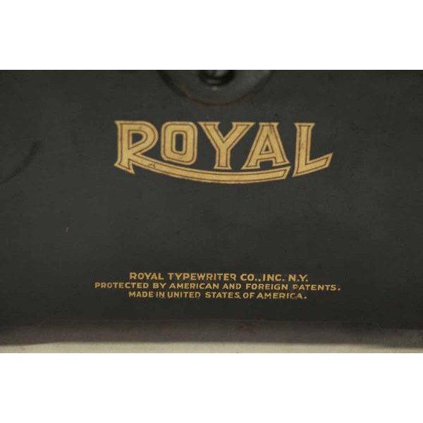 Vintage Royal Regal Typewriter - Image 9 of 9