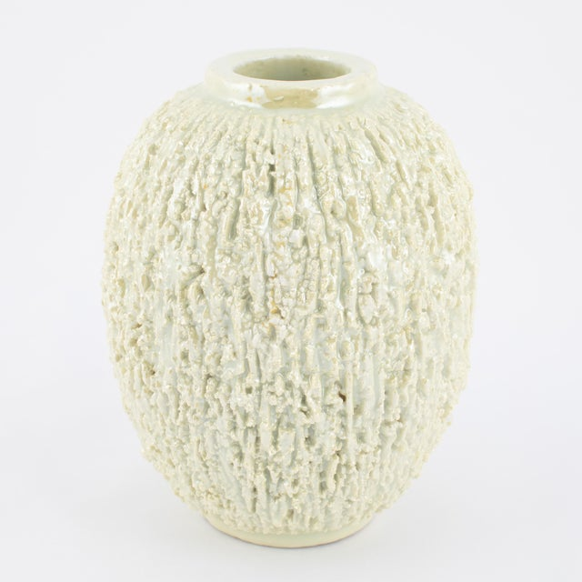 "White Set of 3 Chamotte ""Hedgehog"" Vases by Gunnar Nylund for Rörstrand, Circa 1936 For Sale - Image 8 of 13"
