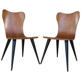 Pair of Midcentury Arne Jacobsen Style Chairs With Black Tapered Legs For Sale