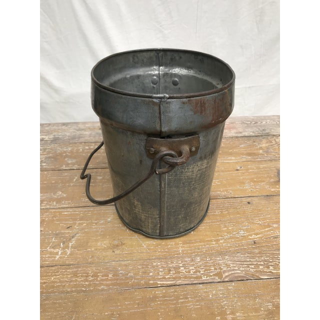 American Vintage Oval Tin Bucket With Iron Handle For Sale - Image 3 of 8