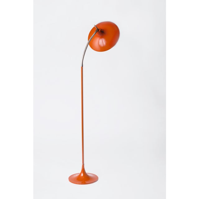 Mid-Century Modern Gio Ponti Style Shapely Enameled and Brass Gooseneck Mid-Century Modern Floor Lamp Circa 1950's For Sale - Image 3 of 6