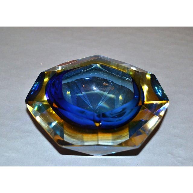 Multi Faceted Murano Glass Ashtray Attributed to F. Poli by Vetri Molati Murano For Sale - Image 9 of 12