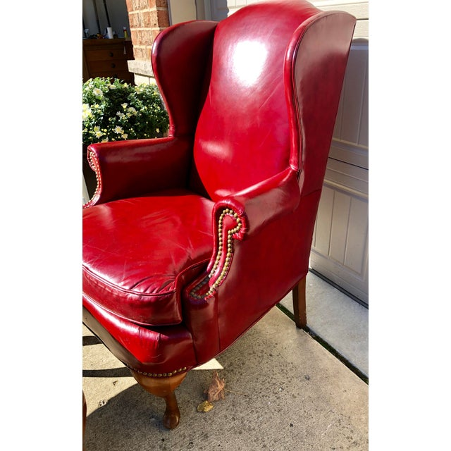 Late 20th Century North Hickory Co Traditional Leather Wingback Chair & Ottoman For Sale In Chicago - Image 6 of 9