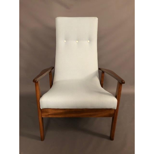 Mid-Century Highback Lounge Chair For Sale - Image 4 of 12