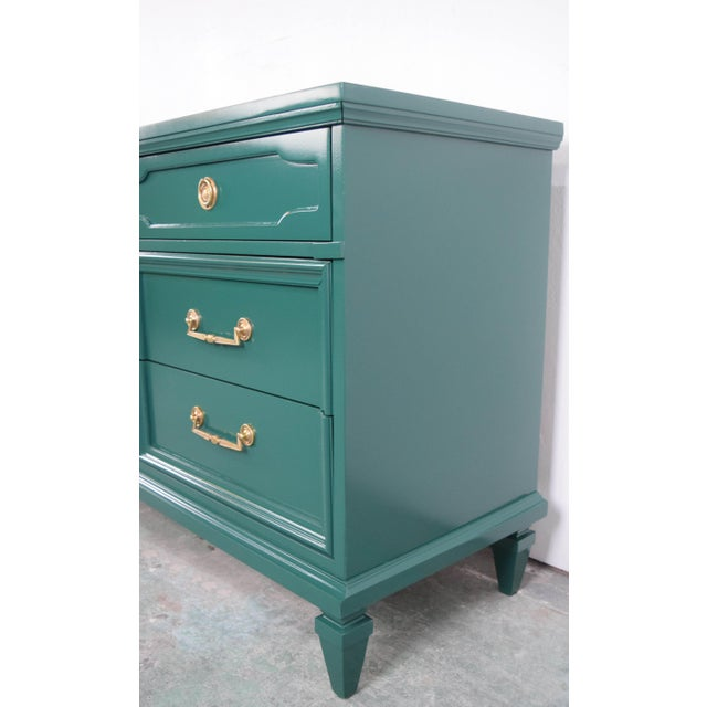 19th Century Modern Hunt Club Gloss Lacquer Green Dresser For Sale - Image 4 of 10