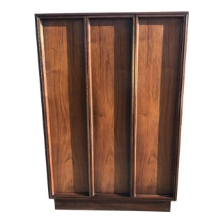 Brown-Saltman Gentleman Dresser