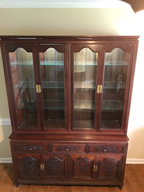 Queen Anne Rosewood Two Piece Hutch China Cabinet   Image 2 Of 5