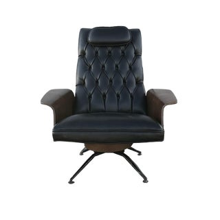 Mid Century Modern Danish Tufted Lounge Chair For Sale