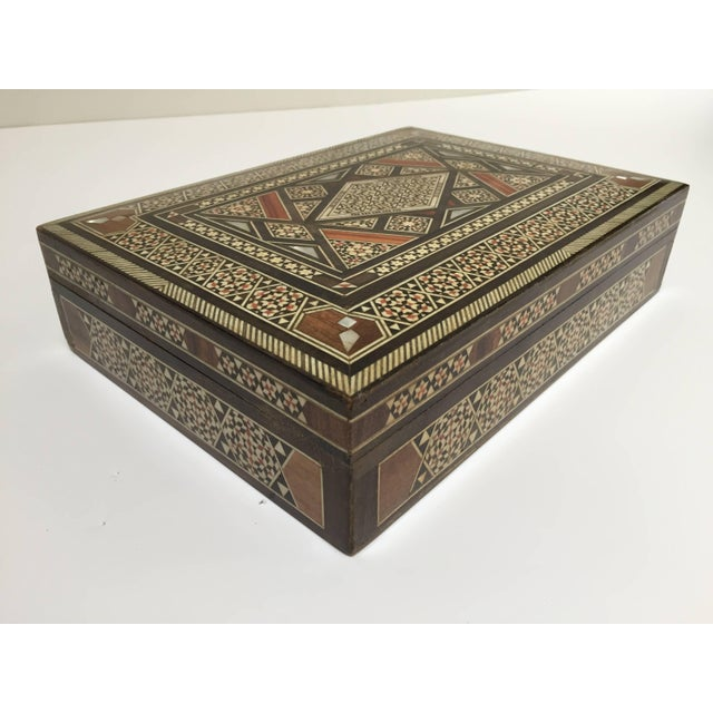 Middle Eastern Syrian Mother of Pearl Inlay Jewelry Box For Sale - Image 4 of 10