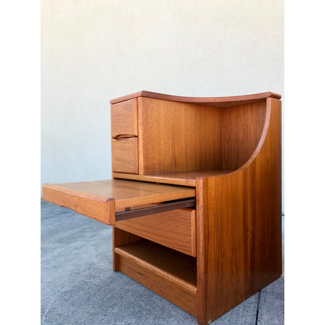 Danish Modern Teak End Tables- A Pair - Image 4 of 11