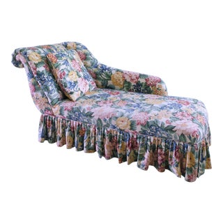 1980s Vintage Elegant Floral Rollback Chaise Lounge For Sale
