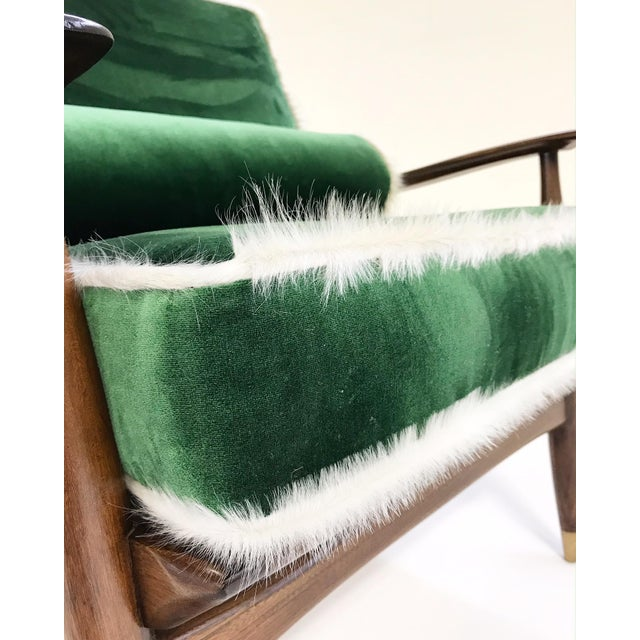 Vintage Walnut Lounge Chair Attributed to Finn Juhl Restored in Schumacher's Emerald Green Silk Velvet and Brazilian Cowhide For Sale - Image 9 of 10