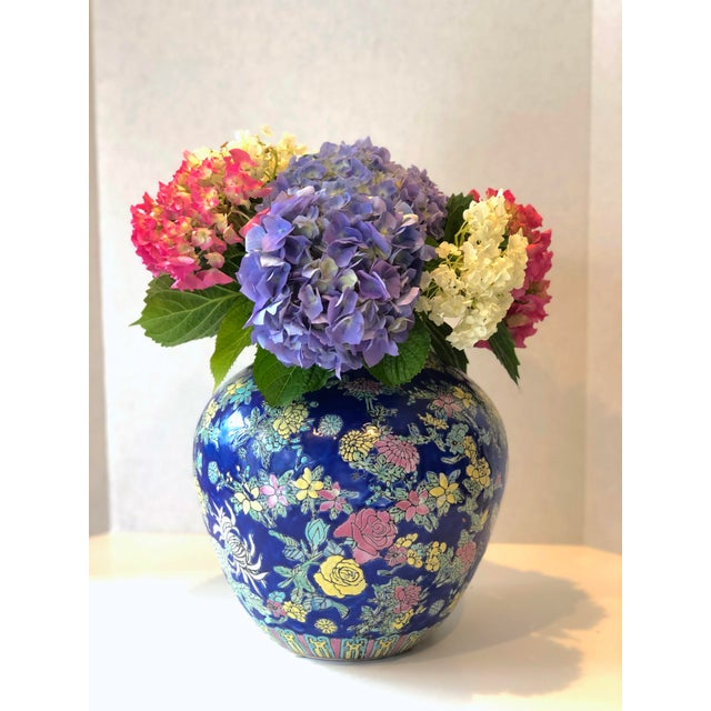 Vintage Blue Chinoiserie Ceramic Vase For Sale - Image 10 of 12