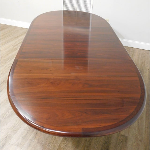1970s Danish Modern Oval Teak Expandable Dining Table by Ansagar Mobler For Sale - Image 5 of 13