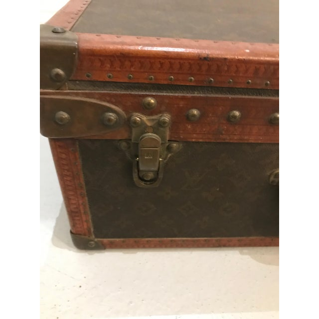Louis Vuitton Louis Vuitton Suitcase Trunk With Key For Sale - Image 4 of 13