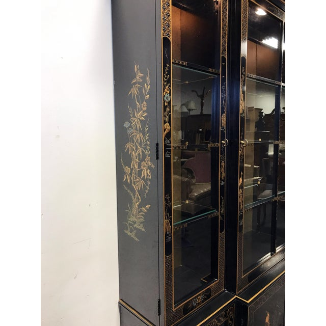 Black DREXEL HERITAGE Et Cetera Asian Chinoiserie Breakfront China Cabinet For Sale - Image 8 of 11
