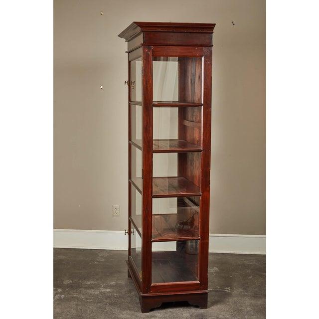 British Colonial 20th C. Sri Lankan Single Door Display Cabinet For Sale - Image 3 of 10