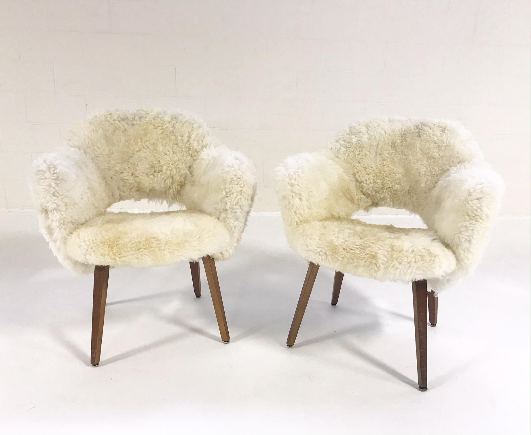 Forsyth Eero Saarinen Executive Armchairs For Knoll With Walnut Legs  Reupholstered In Brazilian Sheepskin   Pair