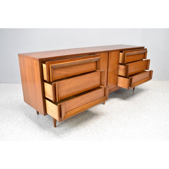1960s Mid-Century Modern Dresser/Credenza by Basic Witz For Sale - Image 5 of 12