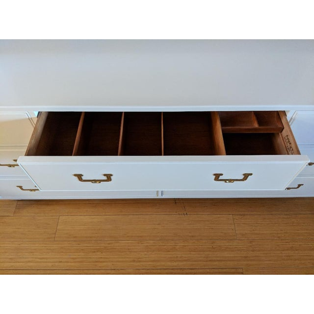 1960s Vintage Henredon Campaign High Gloss White Dresser Credenza Buffet For Sale - Image 9 of 10