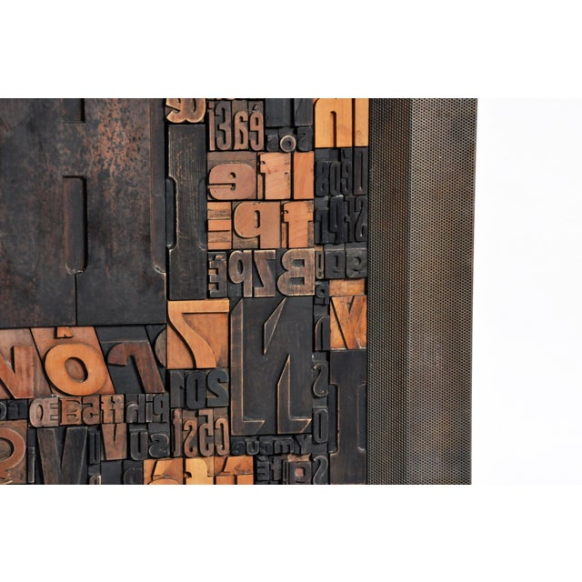 """Metal """"Les Lettres"""" Contemporary Art Work by Raoul W. For Sale - Image 7 of 11"""