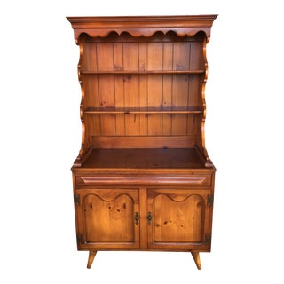 Franklin Shockey Hand Burnished Pine 2 Piece Hutch For Sale