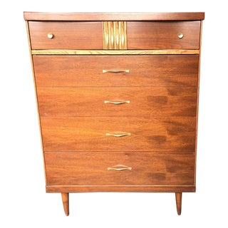 1960s Mid Century Modern Bassett Furniture Highboy Dresser For Sale